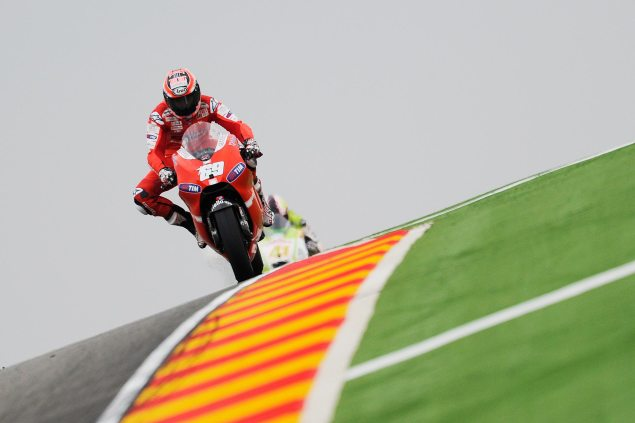 How Much Does it Cost to Host a MotoGP Race? Nicky Hayden Aragon GP 2010 635x423