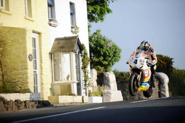 TT3D: Closer to the Edge   A Documentary on the IOMTT TT 3D Closer to the Edge movie IOMTT 635x422