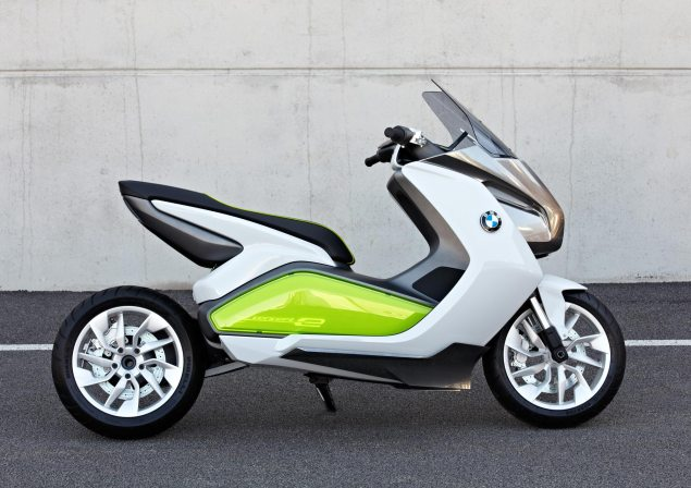 BMW Concept e Maxi Scooter   Electric Urban Mobility BMW Concept e 51 635x448