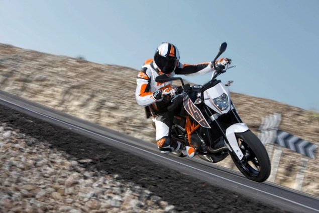 2012 KTM 690 Duke   Cheaper, More Powerful, & ABS 2012 KTM 690 Duke 07 635x423