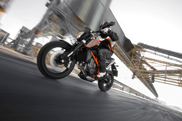 2012 KTM 690 Duke   Cheaper, More Powerful, & ABS 2012 KTM 690 Duke 13 635x423
