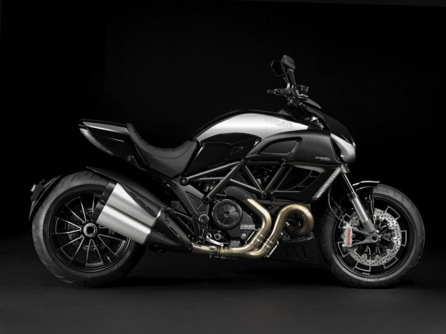 Ducati Diavel Cromo Adds Bling to the Devil Ducati Diavel Cromo 1 635x475