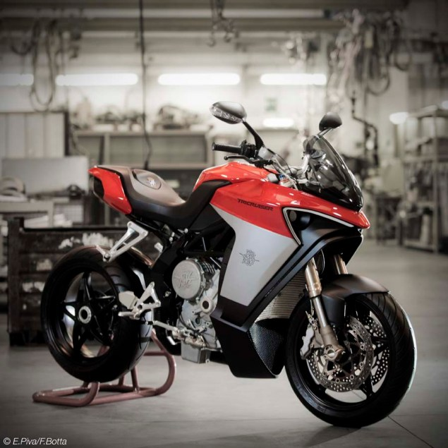 Get Ready for the MV Agusta Turismo Veloce 800 MV Agusta Tricruiser concept 01