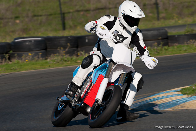 Ride Review: BRD RedShift Supermoto Prototype BRD RedShift SM test Infineon Scott Jones 8