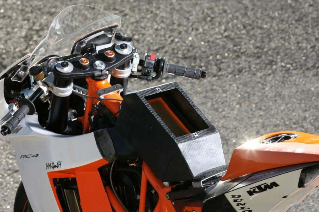 KTM RC4 690R Supermono by Mototech Mototech KTM RC4 690R supermono 33 635x422