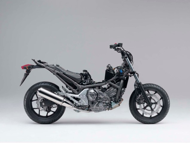 The 2012 Honda NC700X is Coming to America 2012 Honda NC700X 07 635x497