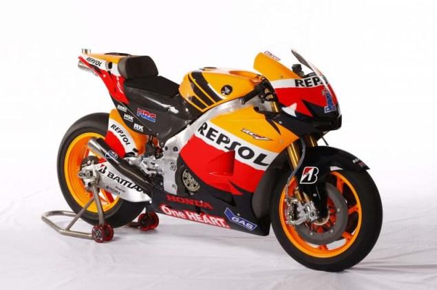 2012 Honda RC213V Debuts in Malaysia 2012 Honda RC213V 09 635x421