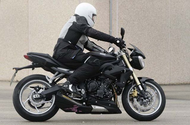 Spy Photos: 2013 Triumph Street Triple 2013 Triumph Street Triple spy photos 041 635x419