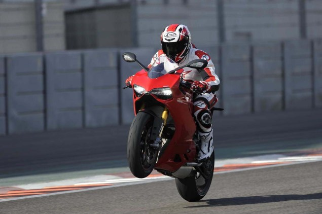 Ride Review: Ducati 1199 Panigale Ducati 1199 Panigale press launch Abu Dhabi Yas Marina 16 635x422
