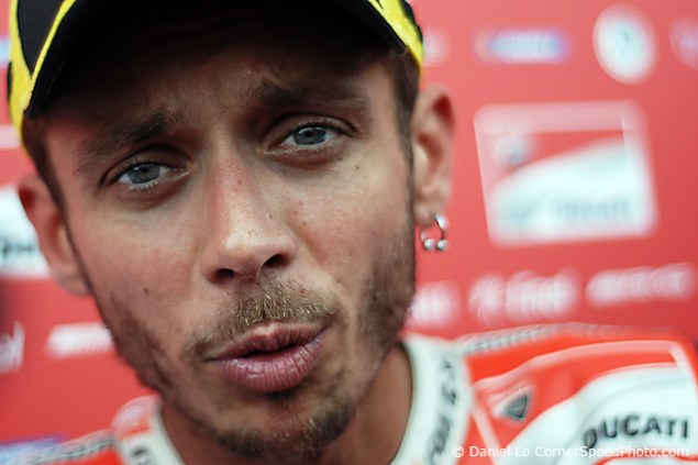 Help Send Photographer Dan Lo to the Isle of Man TT valentino rossi debrief 635x423