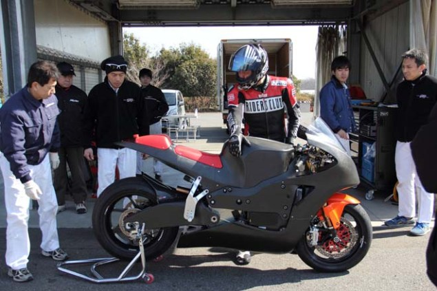 Photos: Mugen Shinden Caught Naked & Testing Mugen Shinden electric motorcycle 05 635x423