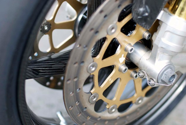 Up Close with the Norton SG1 TT Race Bike Norton SG1 Isle of Man TT 25 635x425
