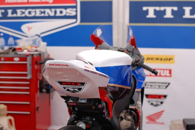 Up Close with McGuinnesss Honda TT Legends CBR1000RR John McGuinness Honda TT Legends CBR1000RR 10 635x425