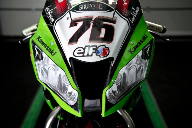 How Do You Make a Superbike Look Like a Street Bike? Kawasaki Racing ZX 10R WSBK Headlight 8 635x422