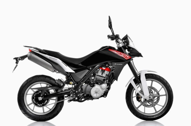 Husqvarna TR 650 Strada   Now Officially Official Husqvarna TR 650 Strada 04 635x420
