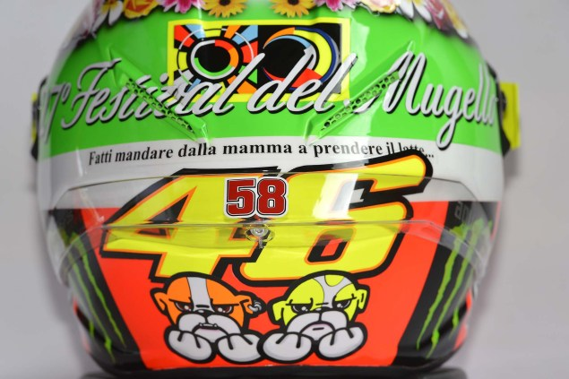 What Does Valentino Rossis Mugello Helmet Mean? Valentino Rossi Mugello Helmet 2012 05 635x423