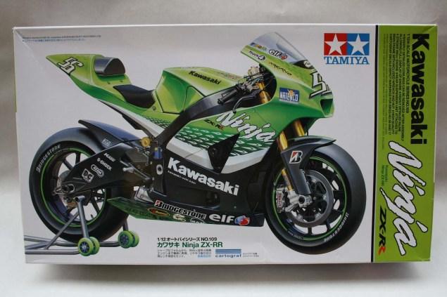 XXX: Randy de Puniets 2006 Kawasaki Ninja ZX RR Randy de Puniet 2006 Kawasaki ZX RR MotoGP scale model 39 635x423