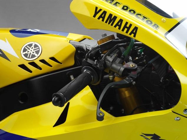 XXX: Valentino Rossis 2006 Yamaha YZR M1 Valentino Rossi 2006 Yamaha YZR M1 hi res 02 635x476