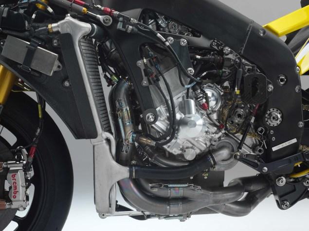XXX: Valentino Rossis 2006 Yamaha YZR M1 Valentino Rossi 2006 Yamaha YZR M1 hi res 19 635x476