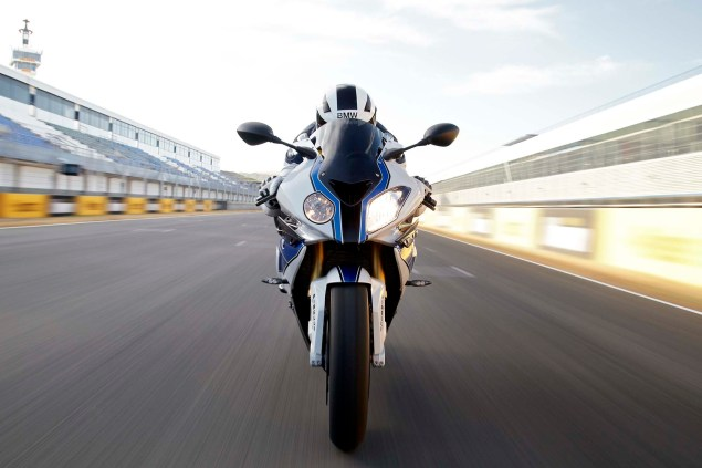 BMW HP4 Mega Gallery + Video 2013 BMW S1000RR HP4 133 635x423