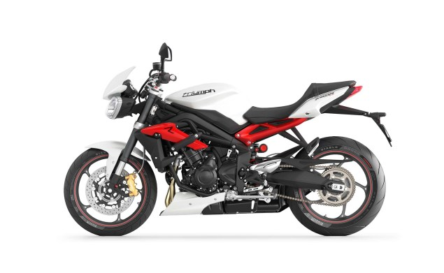 2013 Triumph Street Triple R   Loses Weight, Looks Hotter 2013 Triumph Street Triple R 01 635x391