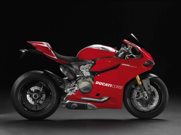 A Quarter Century of Ducati Superbikes in Photos 2013 Ducati 1199 Panigle R 041 635x475
