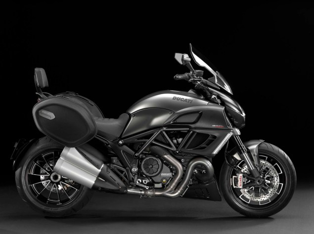 2013 Ducati Diavel Strada   Now Weve Seen Everything 2013 Ducati Diavel Strada 01 635x475