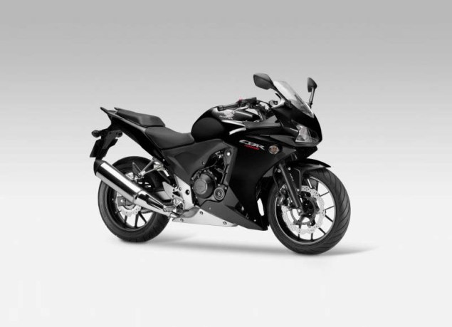 First Official Shots of the 2013 Honda CBR500 2013 Honda CBR500 03 635x459
