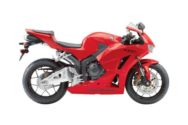2013 Honda CBR600RR   Botox for an Aging Supersport 2013 Honda CBR600RR red 635x423