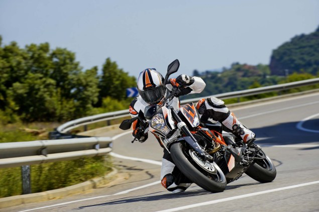 More High Res Photos of the KTM 390 Duke 2013 KTM 390 Duke high resolution 01 635x422