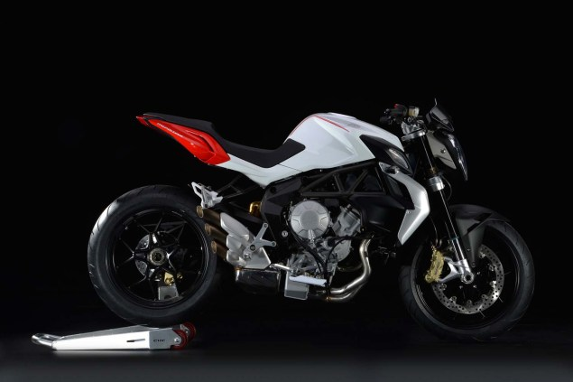 XXX: 36 Photos of the MV Agusta Brutale 800 2013 MV Agusta Brutale 800 12 635x423