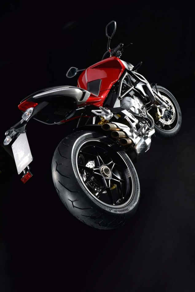 XXX: 36 Photos of the MV Agusta Brutale 800 2013 MV Agusta Brutale 800 25