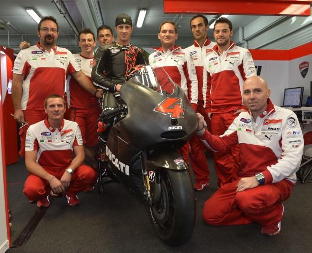 MotoGP: Dovi Meets the Desmo Andrea Dovizioso Ducati Corse Desmosedici GP13 03 635x514