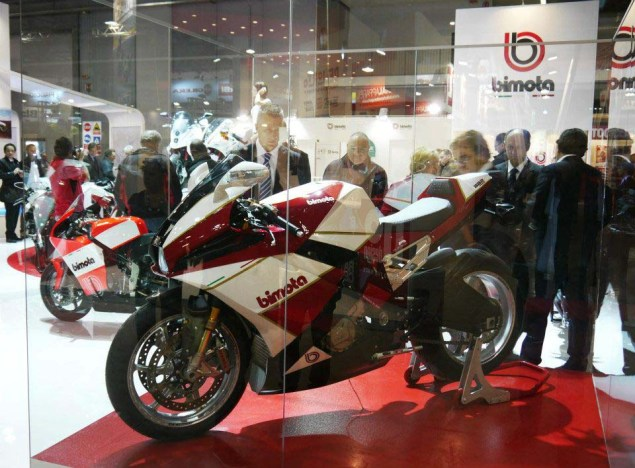 Bimota BB2   Where Retro Meets the BMW S1000RR  Bimota BB2 EICMA sak art design 10 635x468