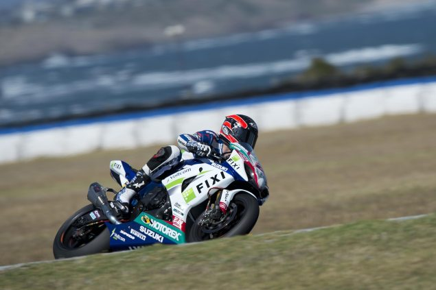 2013 WSBK Private Phillip Island Test Day 2 Times: Camier Fastest Amidst Another Crashfest Leon Camier Phillip Island Fixi Crescent Suzuki test 635x423