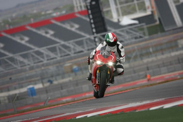 Ride Review: Ducati 1199 Panigale R Ducati 1199 Panigale R Launch COTA Jensen Beeler 11 635x423