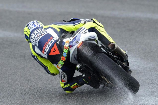 Jerez MotoGP Test   Saturday Round Up valentino rossi yamaha motogp jerez test 635x423