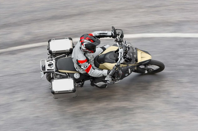 BMW F800GS Adventure   Germanys Middleweight ADV 2013 BMW F800GS Adventure outdoor action 34 635x423