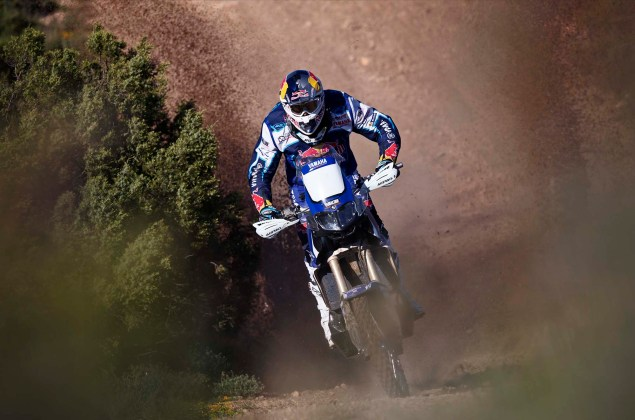 Cyril Despres Will Ride with Yamaha in the 2014 Dakar Rally Cyril Despres Yamaha Motor France 2014 Dakar Rally 05 635x420