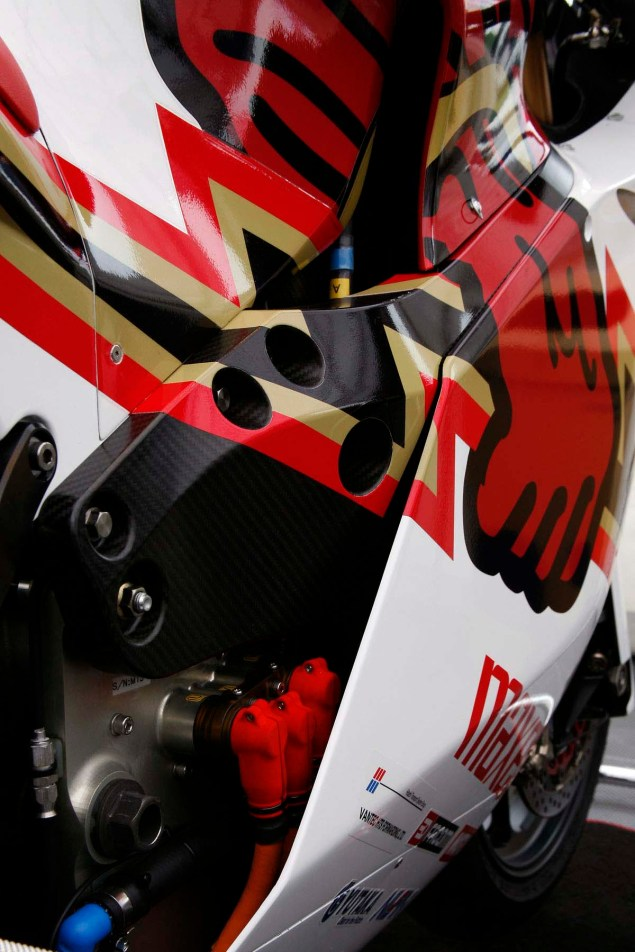 Mugen-Shinden-Ni-up-close-Richard-Mushet-13