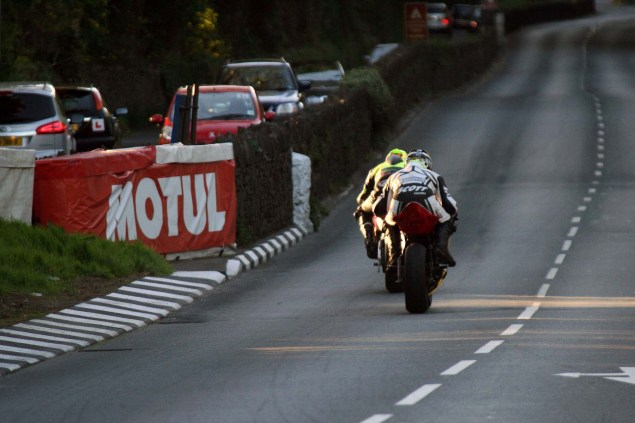 IOMTT: Quarterbridge with Richard Mushet Quarterbridge Isle of Man TT Richard Mushet 07 635x423