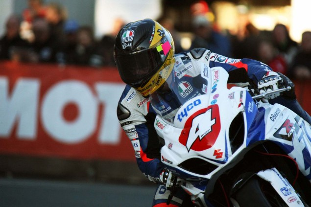 IOMTT: Quarterbridge with Richard Mushet Quarterbridge Isle of Man TT Richard Mushet 08 635x423