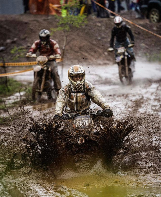 Slow Motion Footage of the Erzberg Rodeo 2013 Red Bull Ezrberg Rodeo Hare Scramble hard enduro mud 635x778