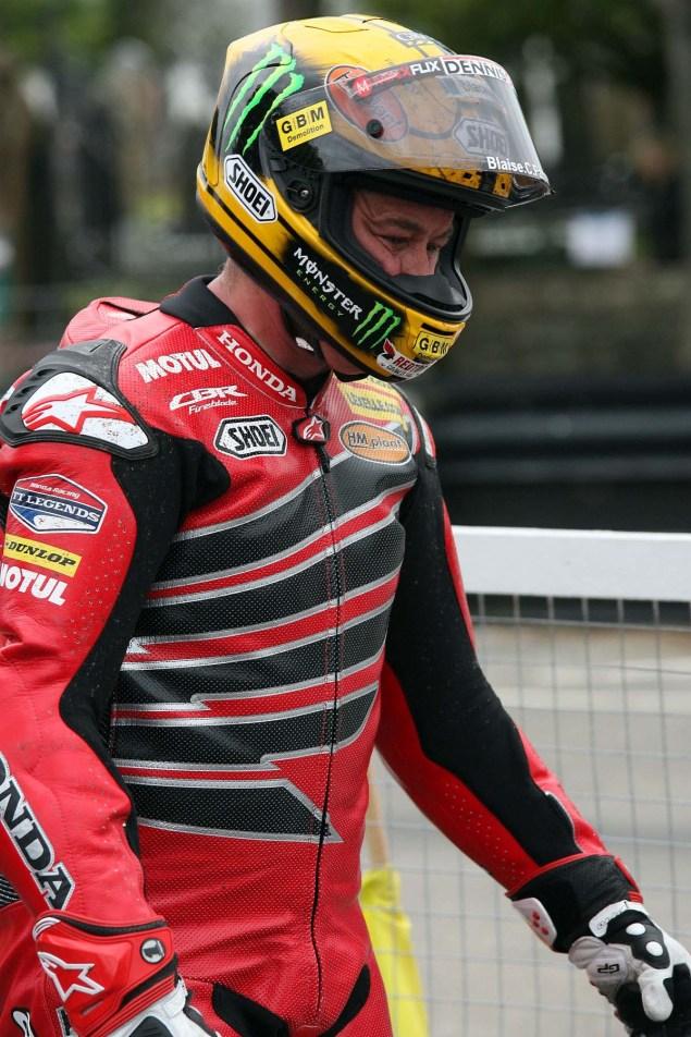 John-McGuinness-Joey-Dunlop-Honda-livery-IOMTT-Richard-Mushet-05