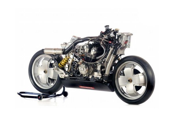 Wheres the Innovation? Why Moto2 Spurs Identikit Bikes elf honda no bodywork 635x425