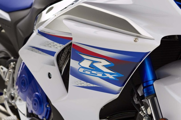 2014-Suzuki-GSX-R1000-SE-Limited-Production-10
