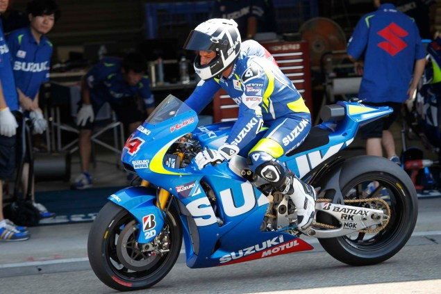 Photos: Suzuki MotoGP Team Testing at Motegi with RdP Suzuki Racing MotoGP Motegi test 26 635x423
