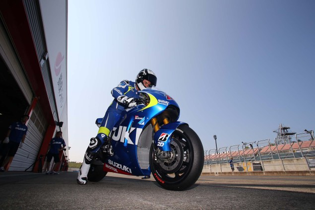 Photos: Suzuki MotoGP Team Testing at Motegi with RdP Suzuki Racing MotoGP Motegi test 42 635x423