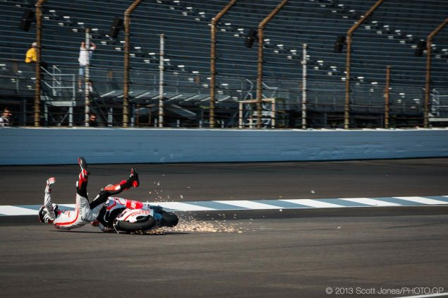 Ben Spies Dislocates Shoulder   Will Not Race at Indy GP ben spies crash indianapolis gp scott jones 635x422