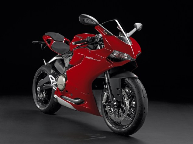 2014 Ducati 899 Panigale Breaks Cover image30 635x475